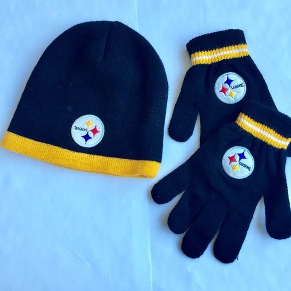 Pittsburgh Steelers NFL Hat  Glove Set Youth. M 5a8aee71b7f72b991c8a284b 10116e035